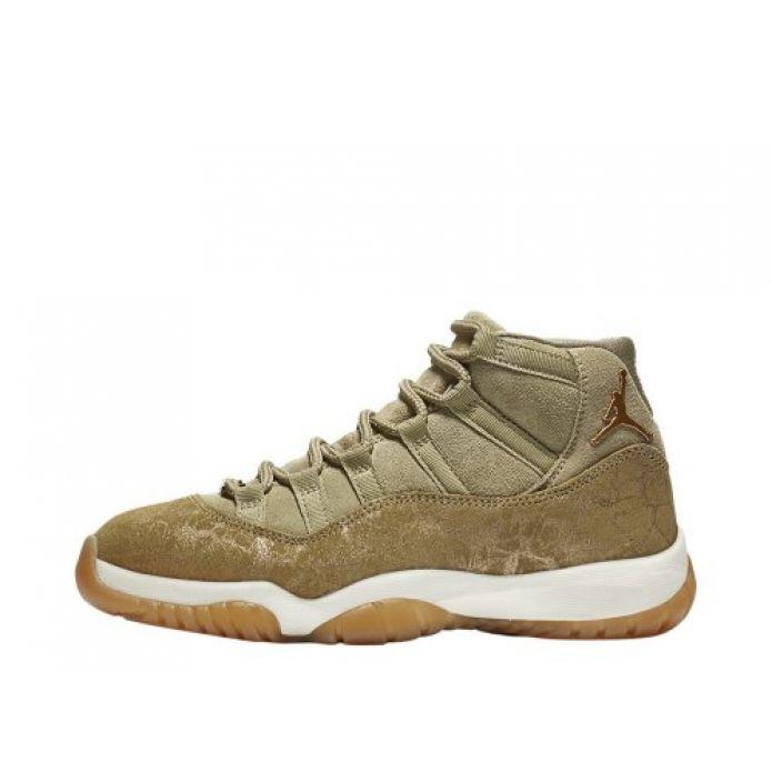 """Баскетбольные кроссовки Wmns Air Jordan 11 Retro """"Olive Lux"""" (AR0715-200)"""