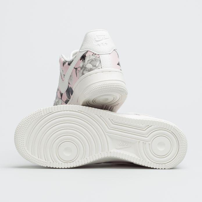 """Оригинальные кроссовки Nike WMNS AIR FORCE 1 '07 LXX """"FLORAL ROSE"""" AO1017-102"""
