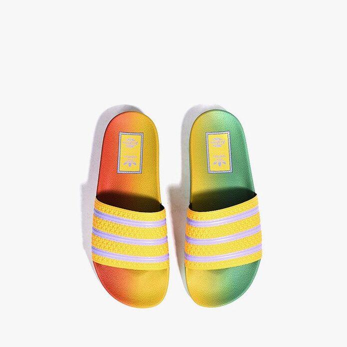 adidas Originals x Arizona Adilette FV2719