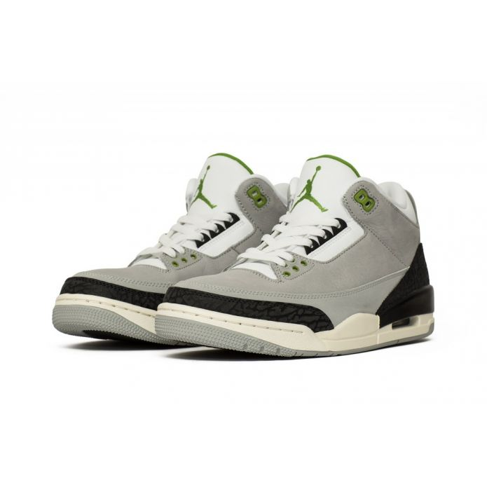"""Оригинальные кроссовки Air Jordan 3 Retro """"Chlorophyll"""" (136064-006)"""