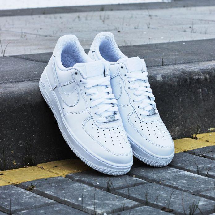 Кроссовки Nike Air Force 1 07 (315122-111)