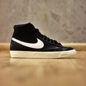 Кроссовки Nike Blazer Mid 77 VNTG (BQ6806-002)