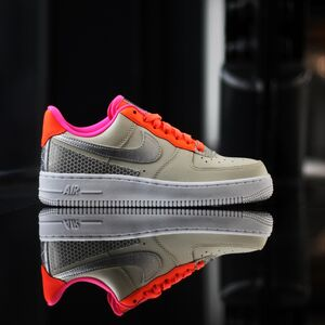Кроссовки Nike Air Force 1 07 SE (CT1992-101)