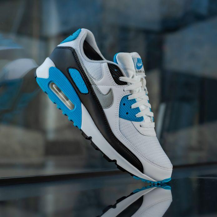 Кроссовки Nike Air Max III (CJ6779-100)