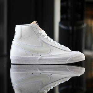 Кеды Nike Blazer Mid 77 (DD0502-100)