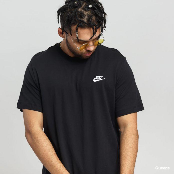 Nike Sportswear Club T-Shirt (AR4997-013)