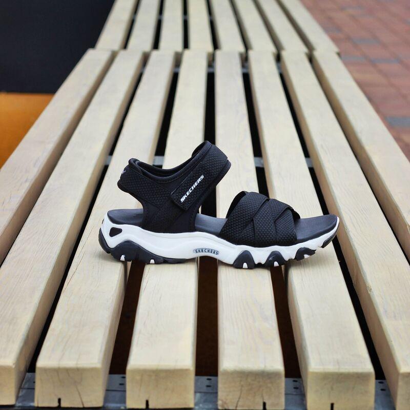 Skechers D-Lites 2.0 Mega Summer (32996-BLK)