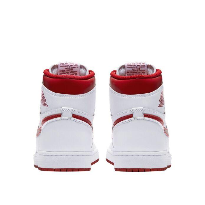 Баскетбольные кроссовки Air Jordan 1 Retro High OG Metallic Red