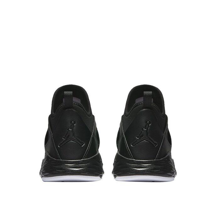 Баскетбольные кроссовки Jordan Formula 23