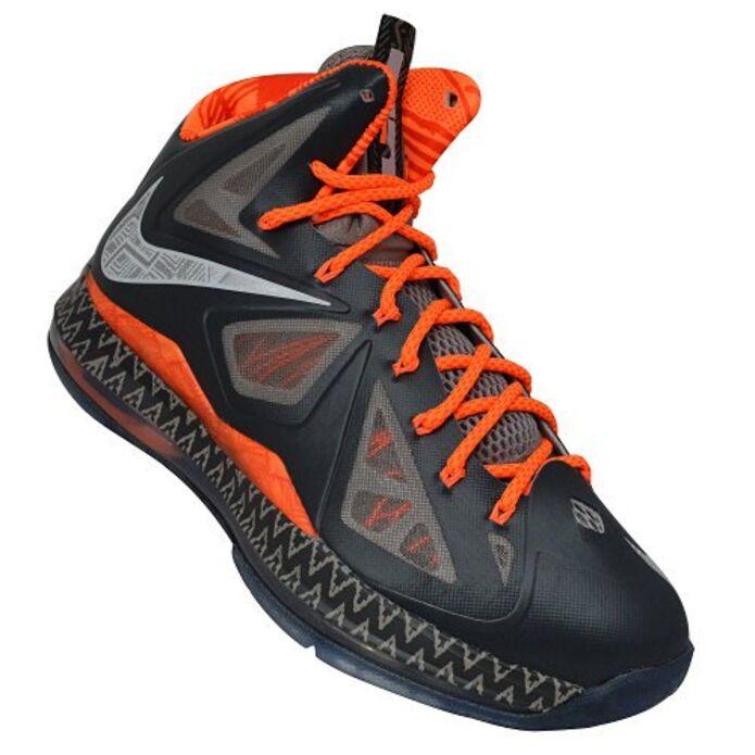 Баскетбольные кроссовки Nike LeBron X BHM