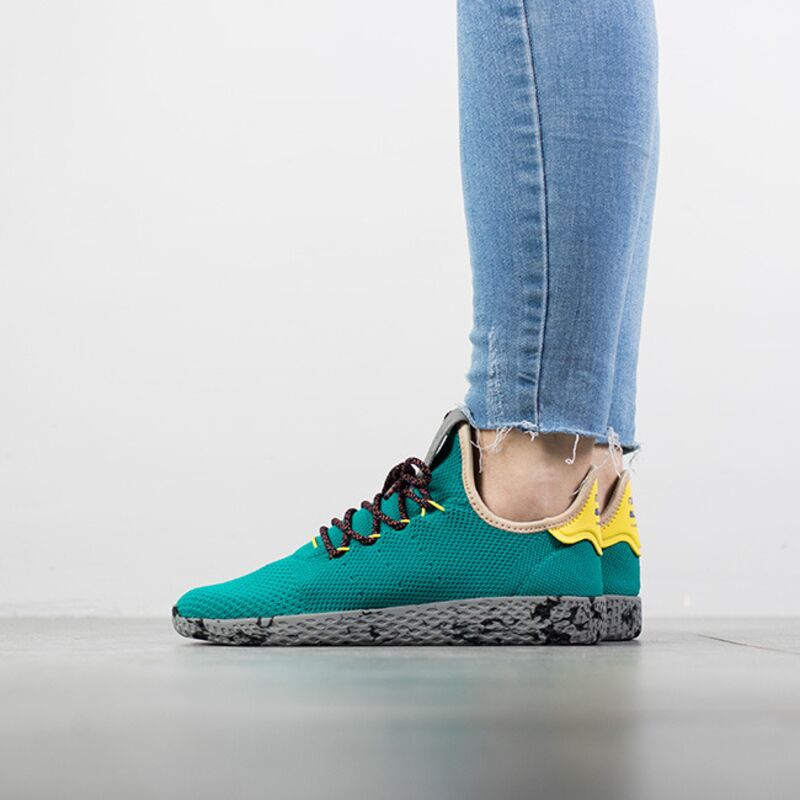 867216a4d ... adidas Originals Pharrell Williams Tennis Hu CQ1872 ...