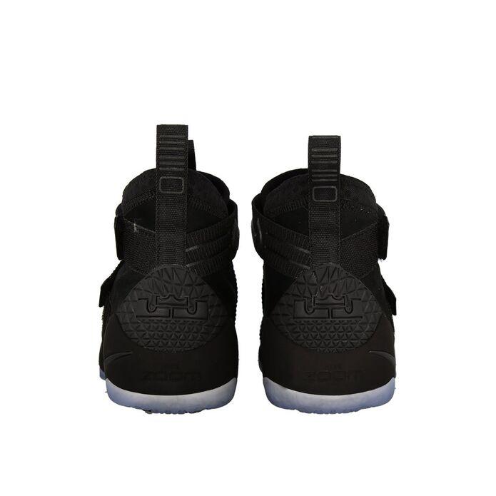 Баскетбольные кроссовки Nike LeBron Soldier 11 Prototype
