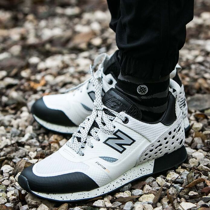 Оригинальные кроссовки New Balance x Undefeated Trailbuster White