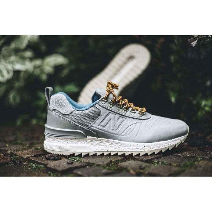 New Balance Trail Buster