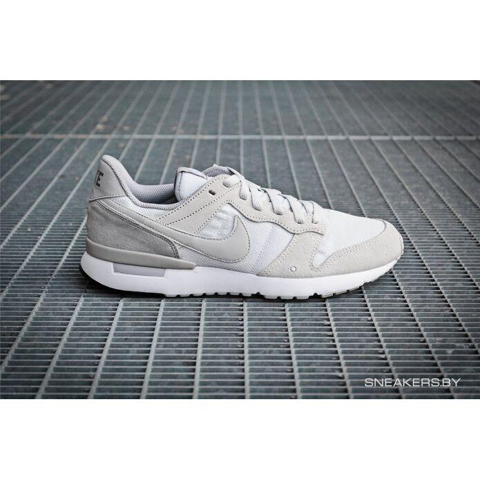кроссовки Nike Archive 83'