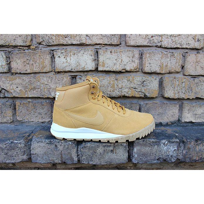кроссовки Nike Hoodland Suede