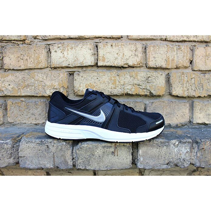кроссовки Nike Dart 10