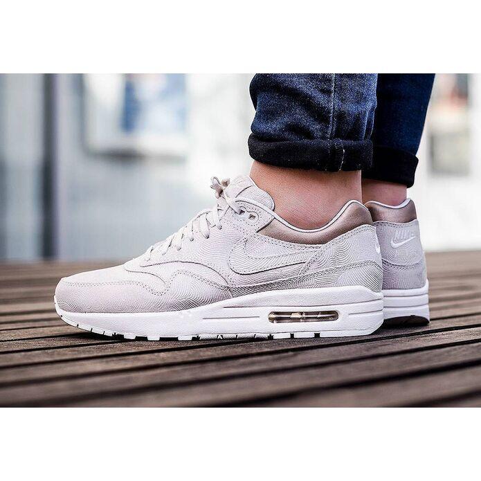кроссовки Nike Air Max 1 Premium Suede